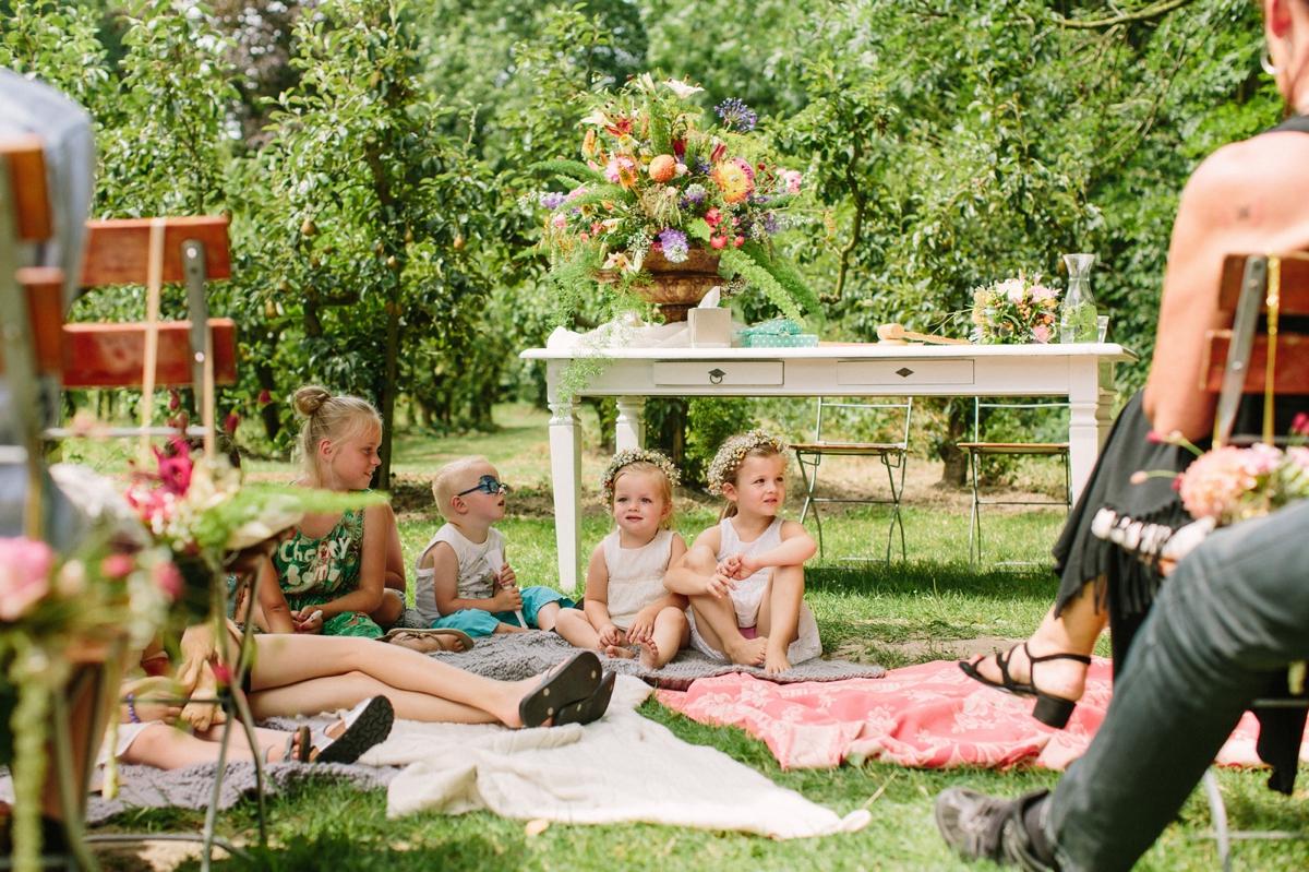 Bruiloft met veel kinderen