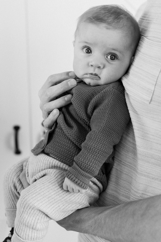 baby-fotoshoot-thuis-binnen-winter-drie-maanden-oud_003
