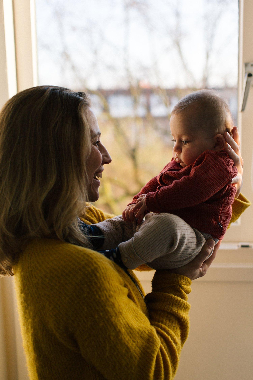 baby-fotoshoot-thuis-binnen-winter-drie-maanden-oud_007