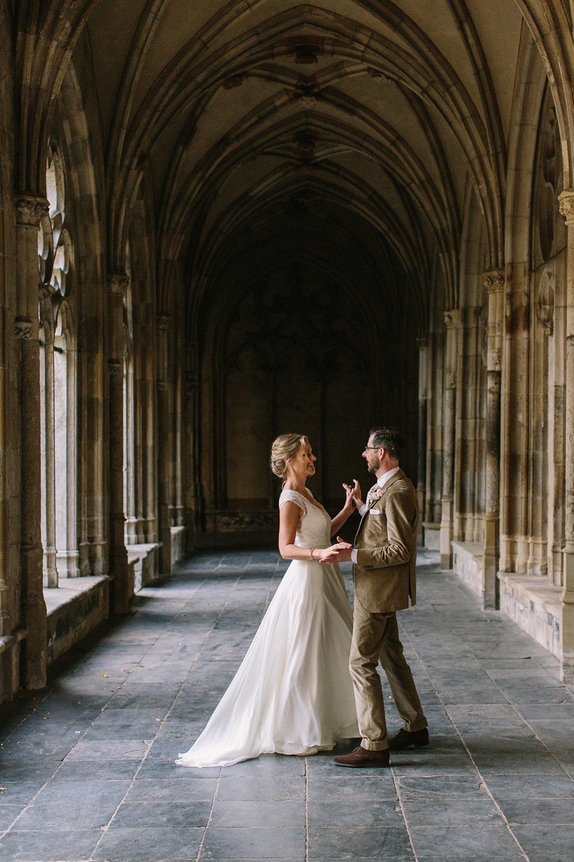bruiloft-utrecht-karel-v-trouwen-september-fotoshoot-pandhof-dom-007