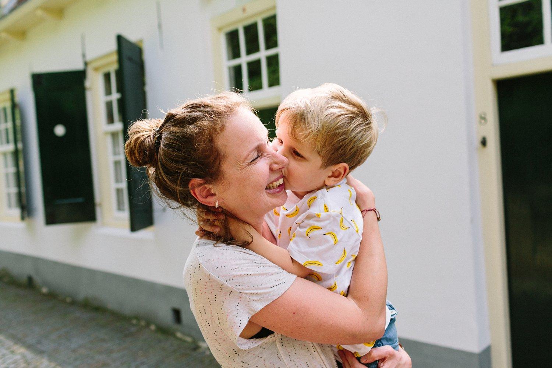 gezinsfotografie-utrecht-lepelenburg-fotoshoot-buiten-002
