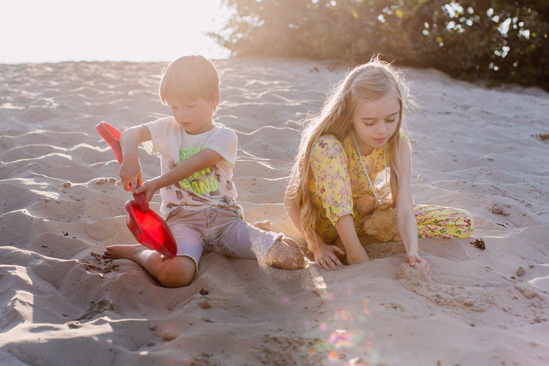 gezinsfotos-soesterduinen-zonsondergang-fotoshoot-zomer-006