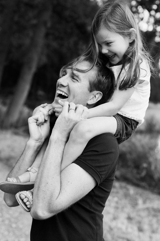 fotoshoot-kasteel-de-haar-utrecht-familiefotografie-vader-dochter-2