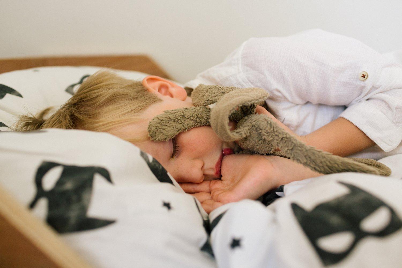 kinderfotograaf-utrecht-slapend-jongetje-kinderfotografie
