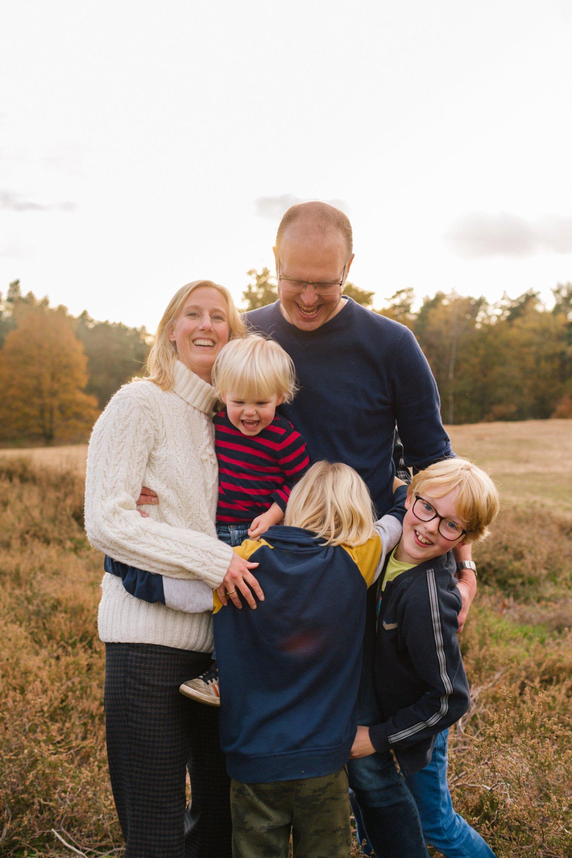 familie-fotografie-herfst-fotoshoot-kaapse-bossen-doorn-golden-hour-november-002