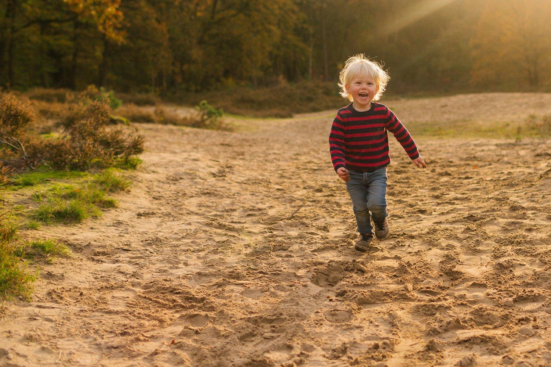 familie-fotografie-herfst-fotoshoot-kaapse-bossen-doorn-golden-hour-november-helenaheuvel-016