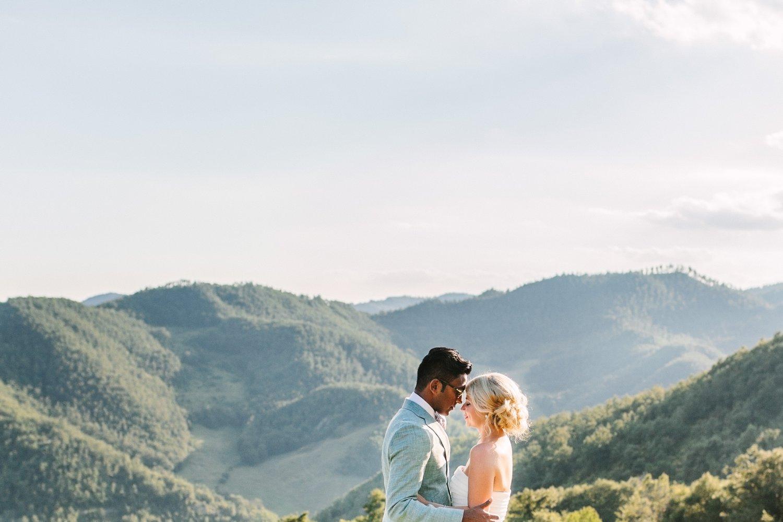 Bruidsfotografie-Bruiloft-Italie-Umbrie-Pietralunga-Fotoshoot-Romantisch-14